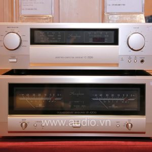 Accuphase C-2120 (4)