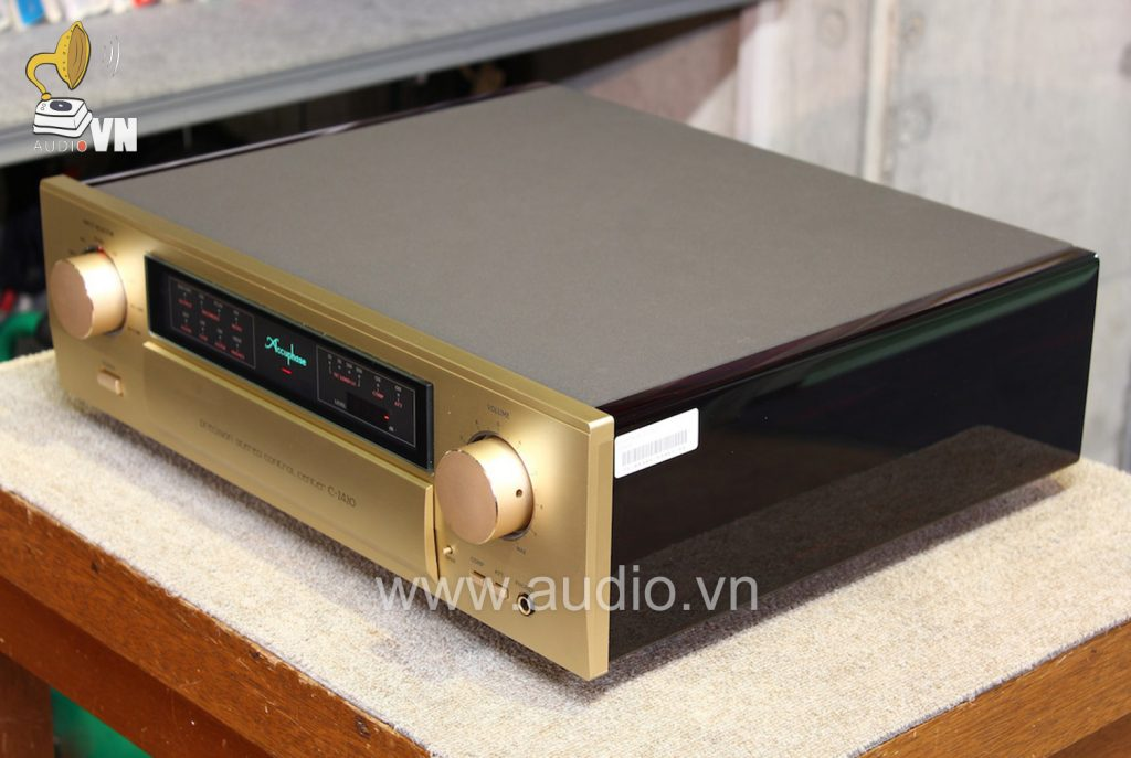 Accuphase-C-2420 (4)