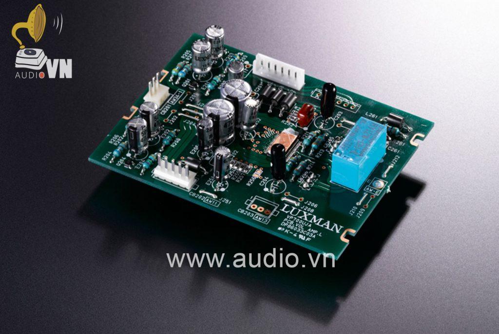 Ampli-Headphone-Luxman-P-700U-2