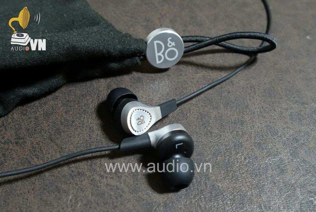 B&O BeoPlay H3 (1)
