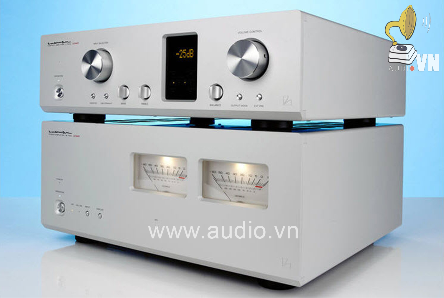 Luxman-C-700U