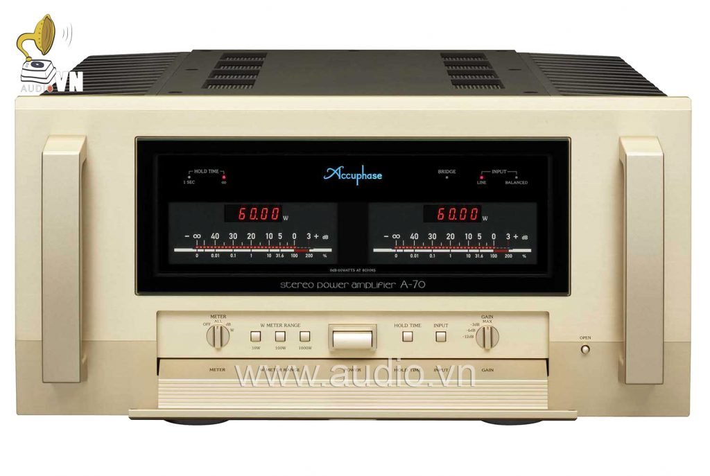 accuphase a70