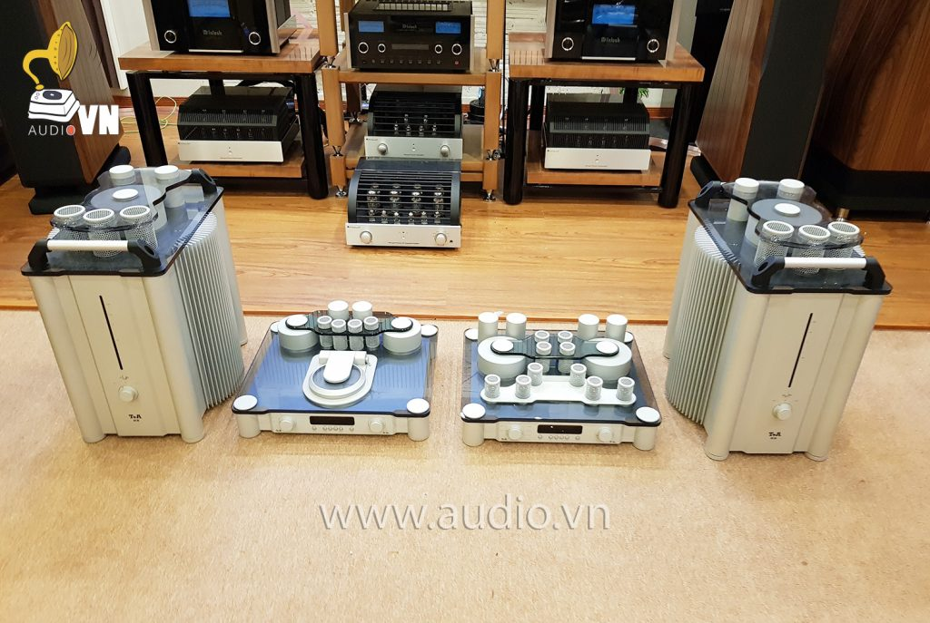 T+A Power Amplifier M10